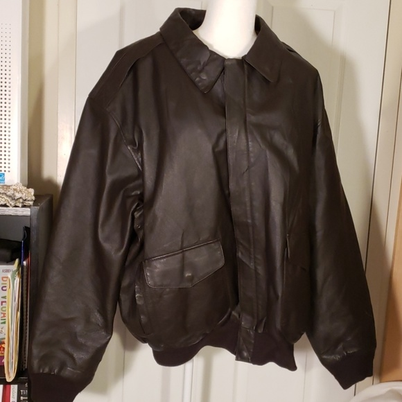Air Force Other - Air Force brown leather bomber jacket 2XLT